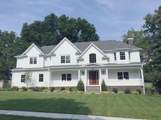 Single Family for Sale at 225 Golf Edge Westfield, New Jersey 07090 United States