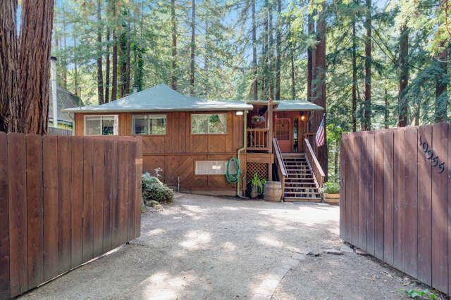 Single Family for Sale at 10555 Vineland Rd Ben Lomond, California 95005 United States