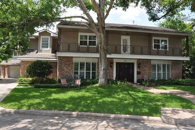 Single Family for Sale at 426 Hickory Post Lane Houston, Texas 77079 United States