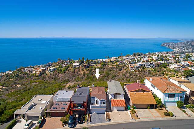 Single Family for Sale at 835 Quivera Street Laguna Beach, California 92651 United States