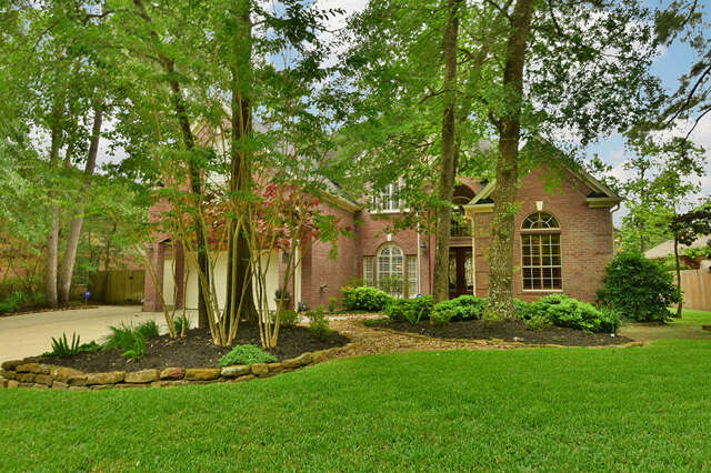 Single Family for Sale at 35 Flagstone Path The Woodlands, Texas 77381 United States