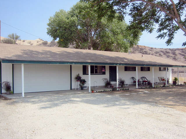 Single Family for Sale at 28636 San Francisquito Canyon Rd Saugus, California 91390 United States