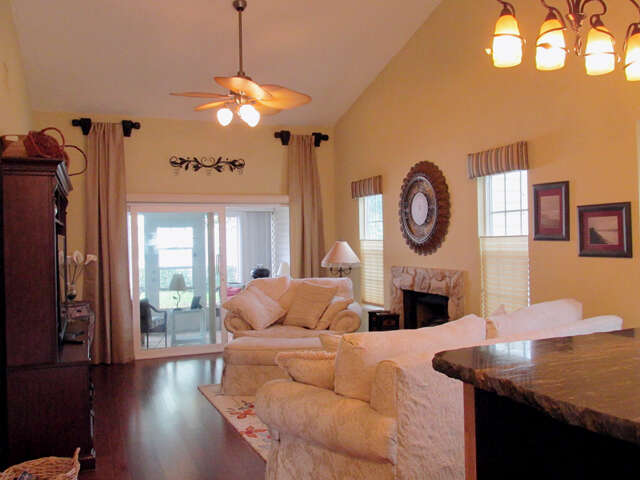 Real Estate for Sale, ListingId:40578342, location: 950 Wren Circle Barefoot Bay 32976