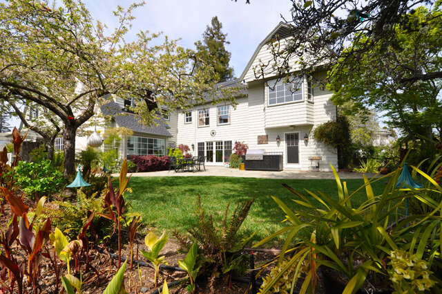 Single Family for Sale at 720 Brewer Dr Hillsborough, California 94010 United States
