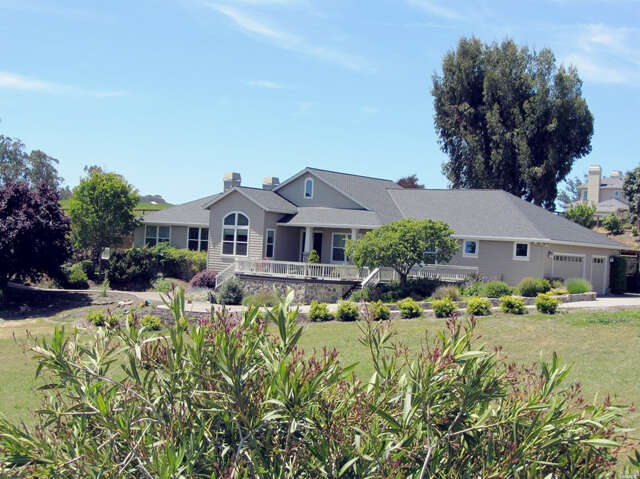 Single Family for Sale at 224 Stowring Road Petaluma, California 94952 United States
