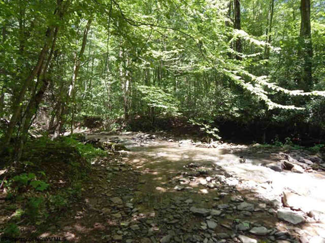 Single Family for Sale at 02 Fly Ash Road Albright, West Virginia 26519 United States