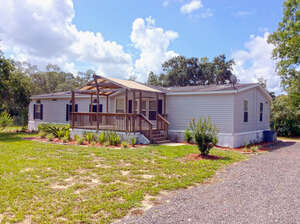 Featured Property in Brooksville, FL 34614