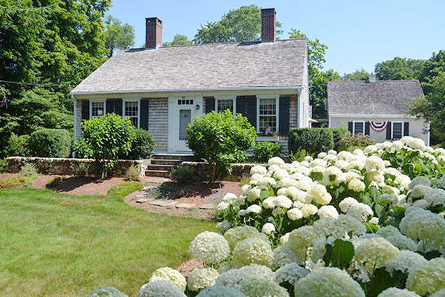Single Family for Sale at 866 Main/Route6a Street West Barnstable, Massachusetts 02668 United States