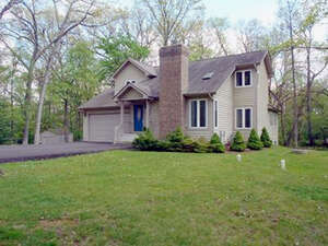 Featured Property in Elkhorn, WI 53121