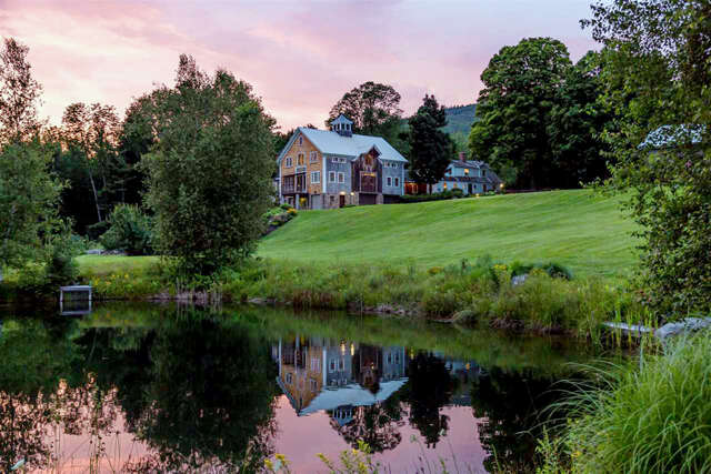Single Family for Sale at 300 Mountain Road Tuftonboro, New Hampshire 03816 United States