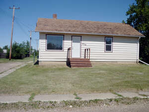 Featured Property in Eaglesham, AB T0H 1H0