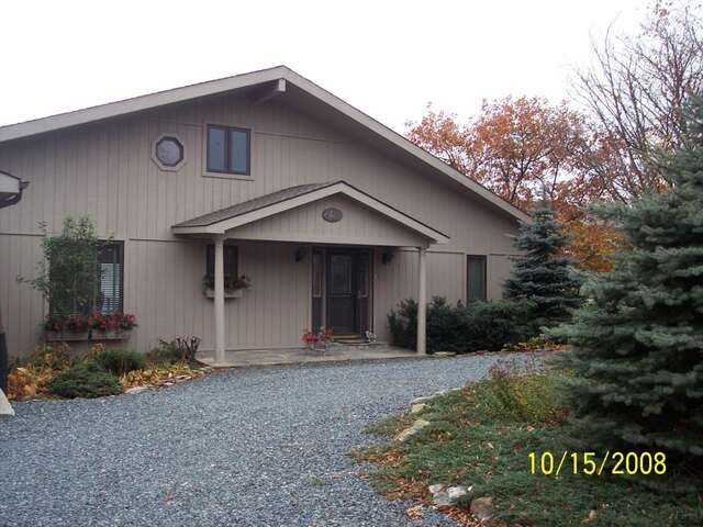 Rental Homes for Rent, ListingId:12818518, location: 610 Elderberry Rdge Road Beech_mtn 28604