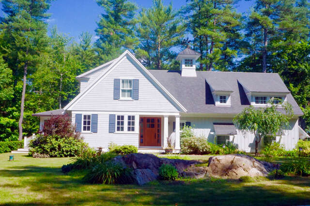 Single Family for Sale at 18 Wisteria Drive Dover, New Hampshire 03820 United States