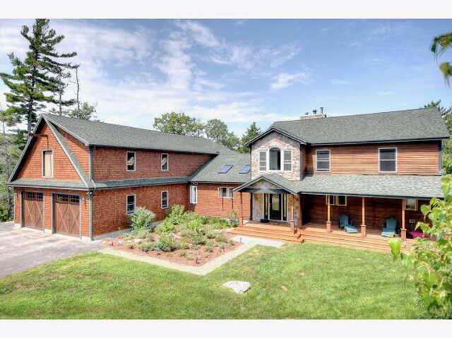 Single Family for Sale at 31 Mauhaut Shores Road Alton, New Hampshire 03809 United States