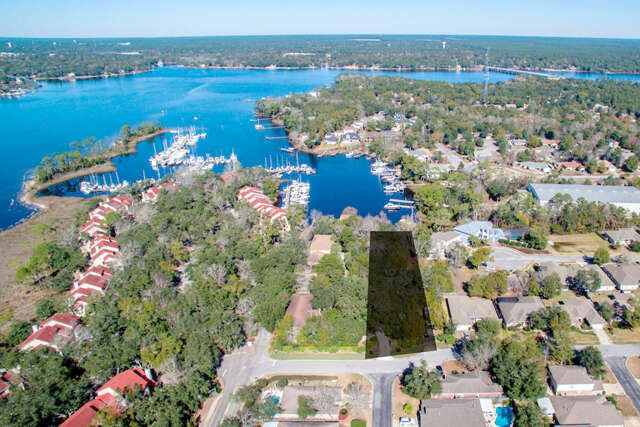 Investment for Sale at 4152 Ward Cove Drive Niceville, Florida 32578 United States