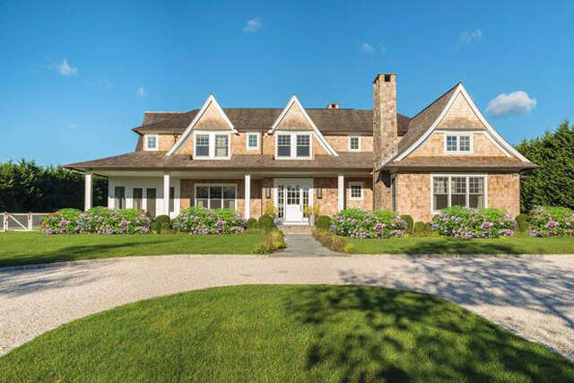 Single Family for Sale at 24 Mecox Bay Lane Water Mill, New York 11976 United States