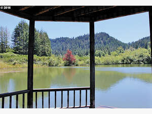 Featured Property in Eugene, OR 97405