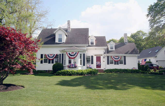 Single Family for Sale at 940 Sandwich Road Sagamore, Massachusetts 02561 United States