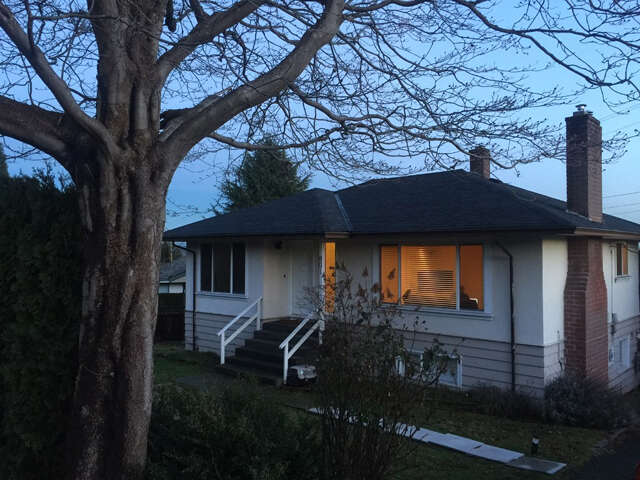 Home Listing at 801 Calverhall St, NORTH VANCOUVER, BC