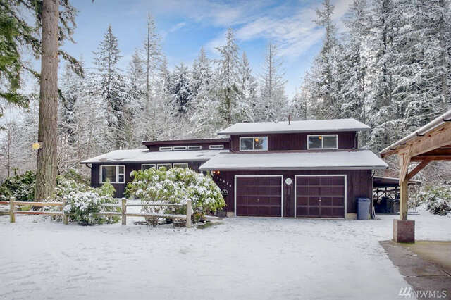 Single Family for Sale at 16910 2nd St E Lake Tapps, Washington 98391 United States