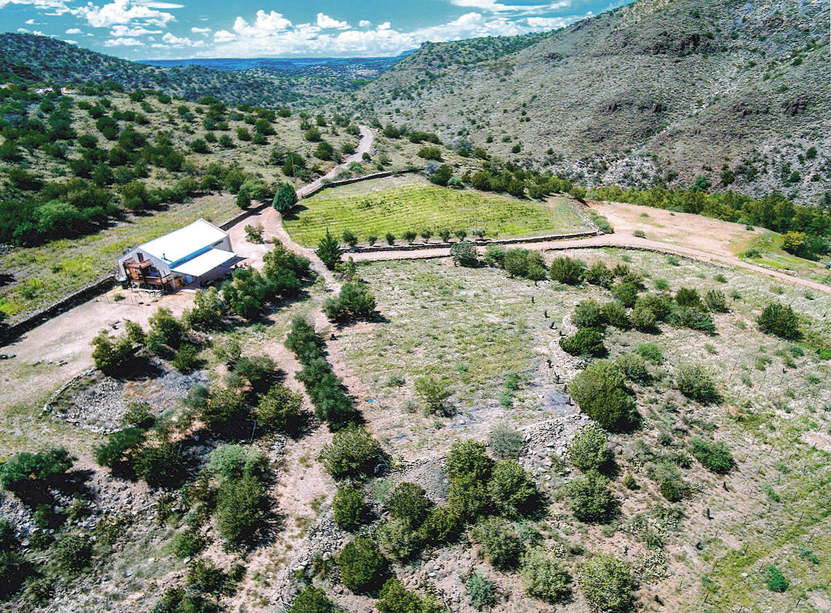 Single Family for Sale at 3222 N Echo Canyon Rd Cornville, Arizona 86325 United States