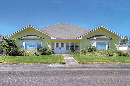 Single Family for Sale at 654 Stearman St Independence, Oregon 97351 United States