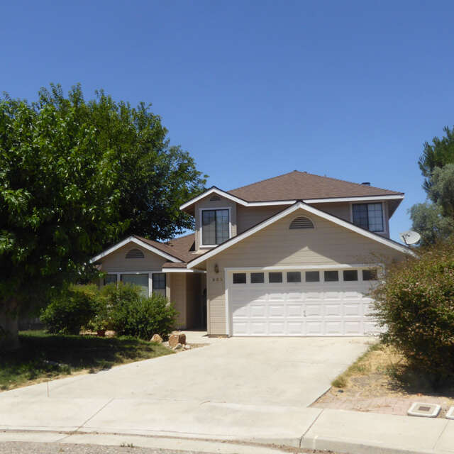 Featured Property in PASO ROBLES, CA, 93446