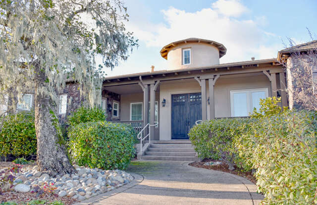 Single Family for Sale at 20 Owl Ridge Ct Novato, California 94945 United States