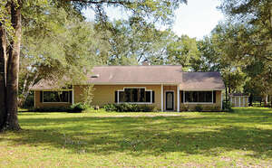 Featured Property in Ft Mc Coy, FL 32134