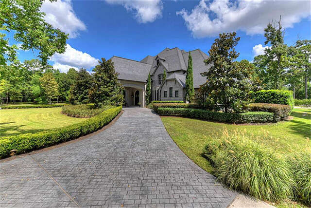 Single Family for Sale at 300 Saddlebrook Lane Tomball, Texas 77375 United States