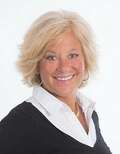 Stacey Ricci, Sandwich Real Estate
