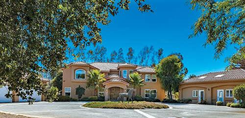 Single Family for Sale at 37626 Avenida La Cresta Murrieta, California 92562 United States
