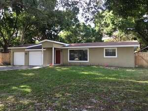Featured Property in Sarasota, FL 34239