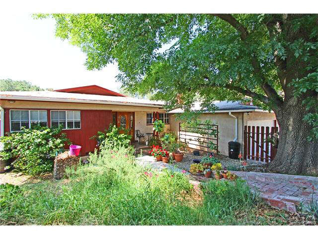 Single Family for Sale at 10864 Redmont Ave Tujunga, California 91042 United States