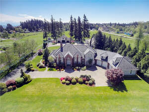 Featured Property in Edgewood, WA 98372