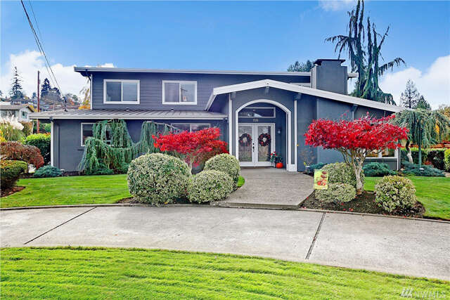 Single Family for Sale at 3510 Shore Ave Everett, Washington 98203 United States