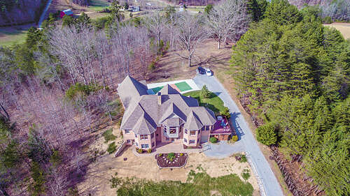 Single Family for Sale at 537 Mountain Shadow Lane Maryville, Tennessee 37803 United States