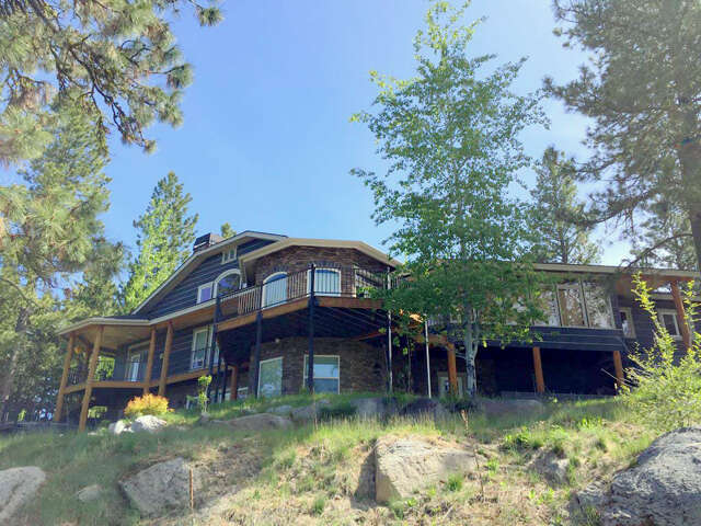 Single Family for Sale at 1575 Crown Point Parkway Cascade, Idaho 83611 United States