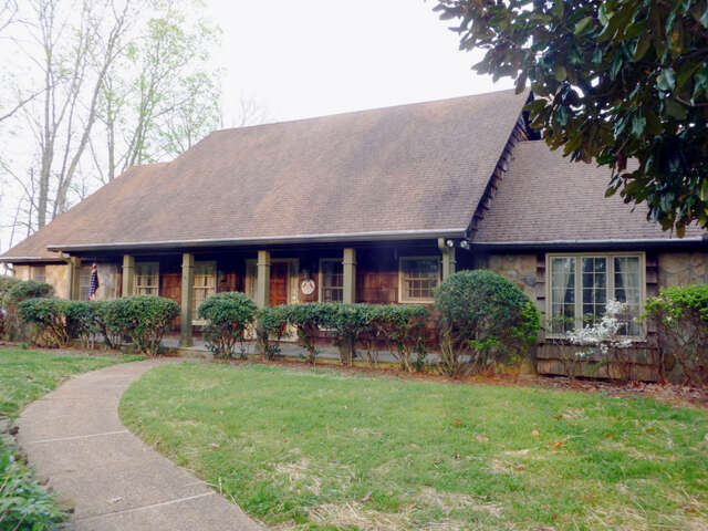 Single Family for Sale at 1188 Cumberland Rd Chattanooga, Tennessee 37419 United States