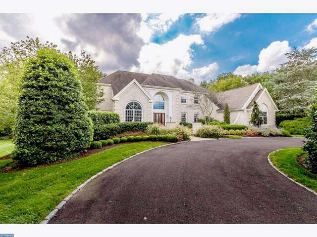 Single Family for Sale at 8 Rockcress Way Mount Laurel, New Jersey 08054 United States