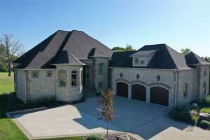Single Family Home for Sale, ListingId:61382414, location: 16332 VALHALLA Drive Noblesville 46060