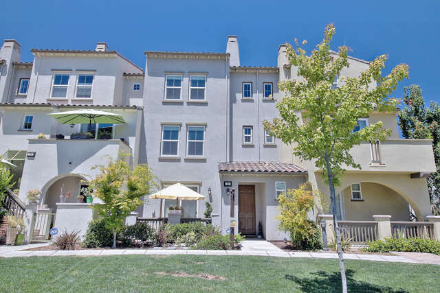 Single Family for Sale at 77 Muller Place San Jose, California 95126 United States