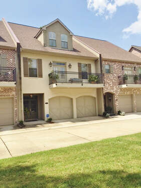 Featured Property in Mandeville, LA 70471
