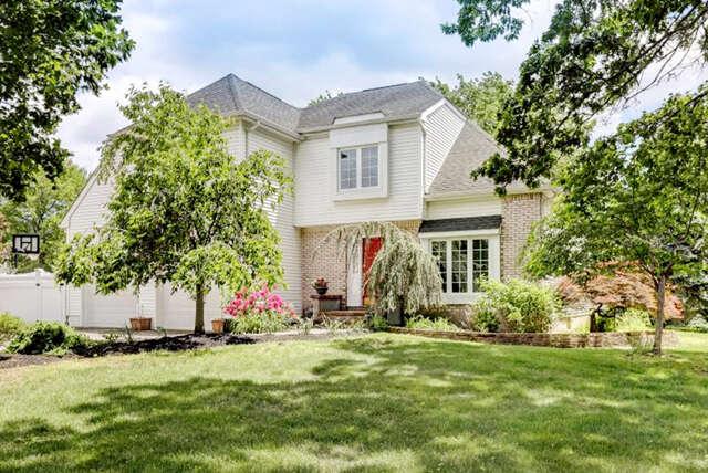 Single Family for Sale at 2 Dakota Court Holmdel, New Jersey 07733 United States