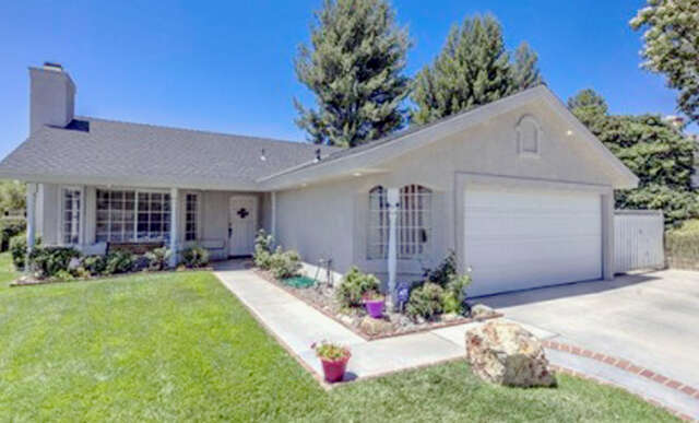 Single Family for Sale at 27941 Harwood Drive Saugus, California 91350 United States