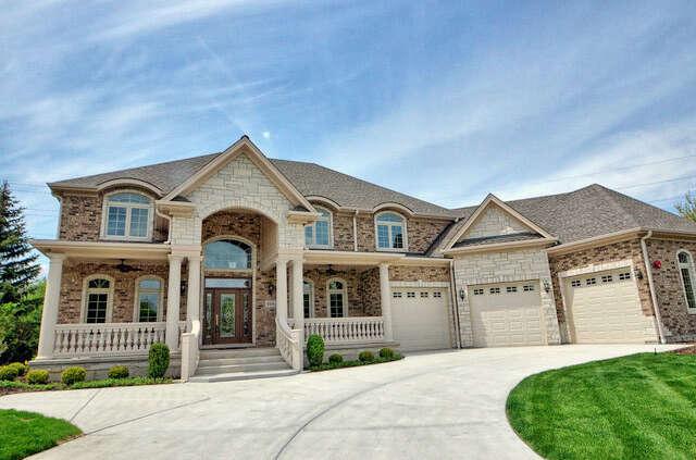 Single Family for Sale at 406 Royal Glen Court Oak Brook, Illinois 60523 United States