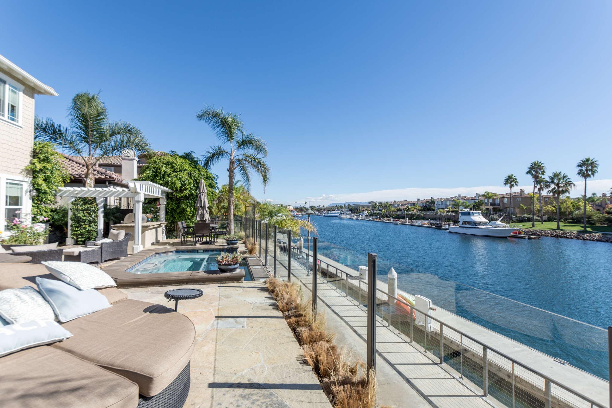 Single Family for Sale at 4134 Caribbean St Oxnard, California 93035 United States