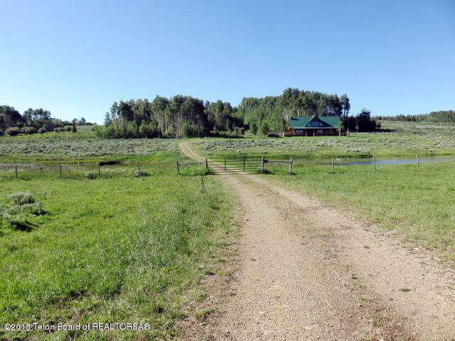 Single Family for Sale at 343 N. Merna Beaver 23-112 Daniel, Wyoming 83115 United States