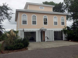 Featured Property in St Helena Island, SC 29920