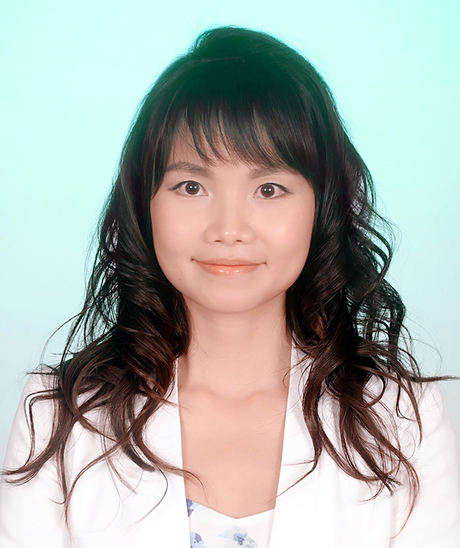 Jewel Yi